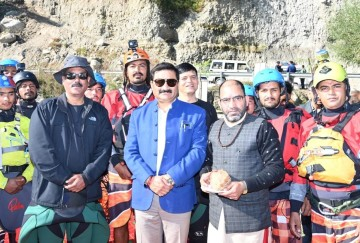 Manali Himachal Pradesh River rafting expedition in Limca Book of Record