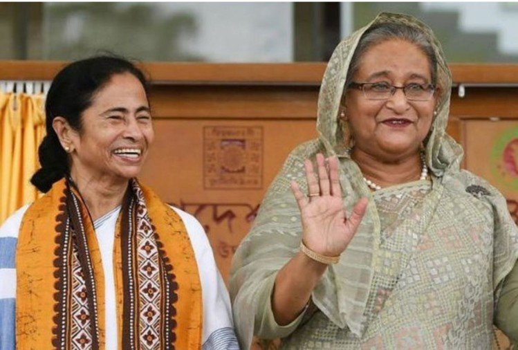 amata Banerjee and Sheikh Hasina