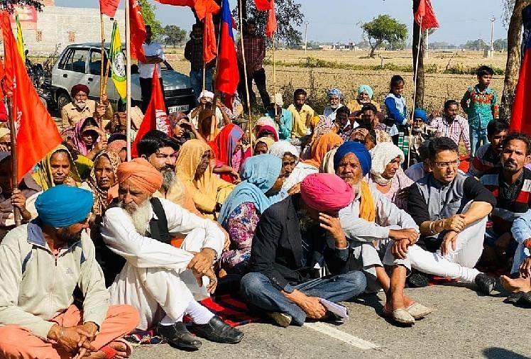 जगमेल हत्याकांड: संगठनों ने जाखल-सुनाम रोड किया जाम, अमित शाह से मिलेंगे भगवंत मान