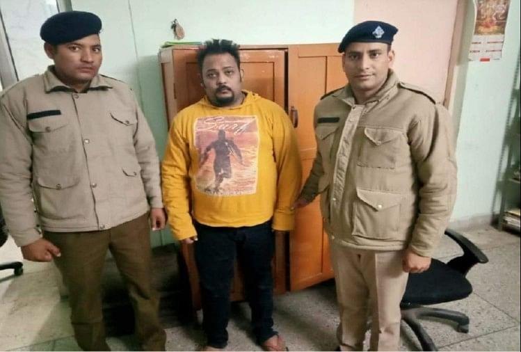 सावधान इंडिया में कभी इंस्पेक्टर बनकर लोगों को अपराध से बचने की सीख देने वाले आकाश शर्मा सोमवार को फर्जी लूट देने की सूचना पर गिरफ्तार किए गए।