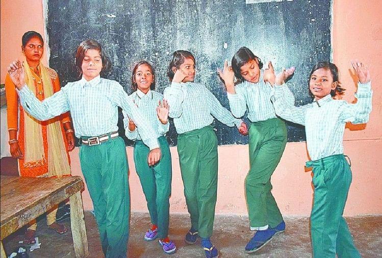کودکان دارای معلولیت (فایل عکس)