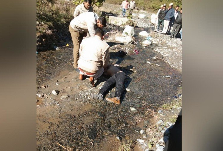 body of a government school teacher found in a drain