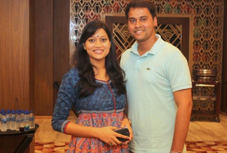 IAS Couple Anuj singh and Harshita mathur story in gorakhpur
