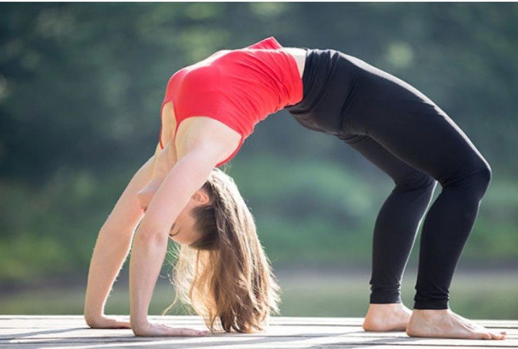 5 yoga asanas for cut to waist fat