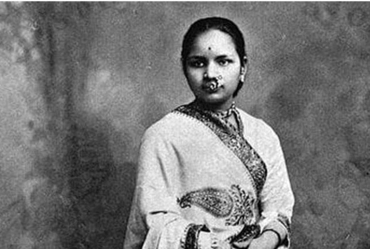 First Indian Doctor Anandibai Joshi Who Study In America