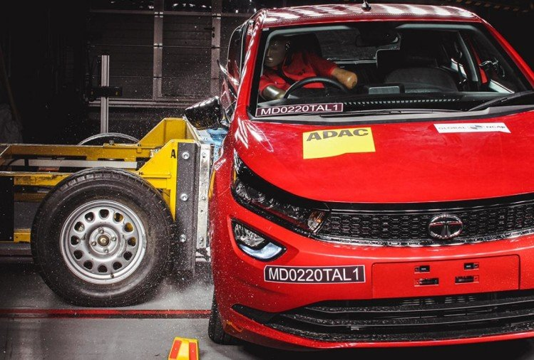 Tata Altroz GNCAP Crash Test safety rating