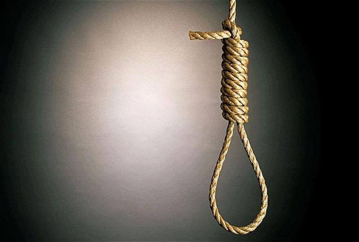 In Madhya Pradesh 12 Years Student Hanged While Playing The Role Of Bhagat  Singh In The Drama, Died - नाटक में भगत सिंह का रोल निभाते हुए 12 साल का  छात्र चढ़ा