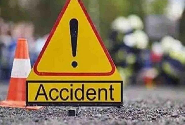 यूपी केफर्रुखाबाद जिले में एक सड़क हादसा हुआ। यहां बस की टक्कर से बाइक सवार की मौत हो गई जबकि एक गंभीर रूप से धायल है।