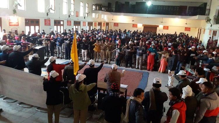 राष्ट्रीय मतदाता दिवस पर कार्यक्रम, रैली निकाली