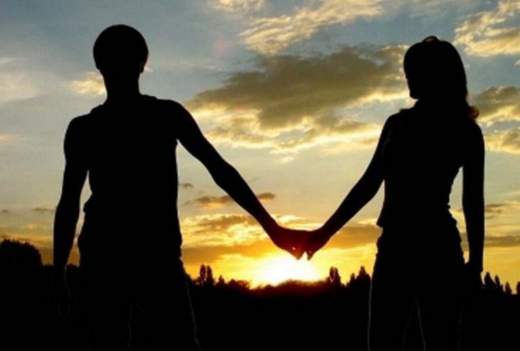 उत्तर प्रदेश के गोरखपुर जिले के पटहेरवा थाना क्षेत्र के एक प्रेमी युगल सोमवार की सुबह करीब नौ बजे बाइक से घर छोड़कर चल दिए।