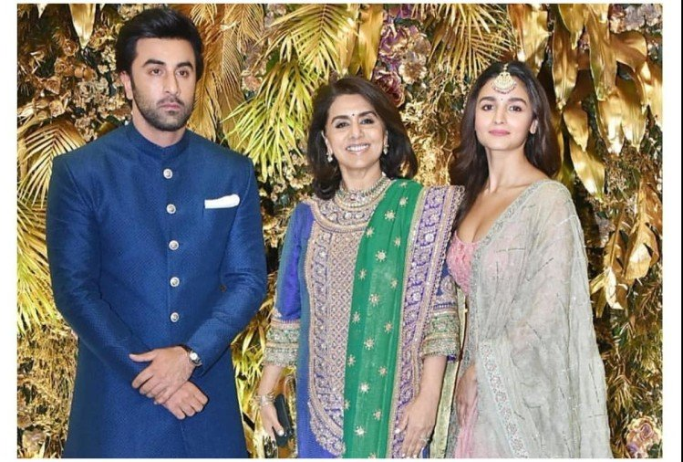 Ranbir, Neetu and Alia Bhatt