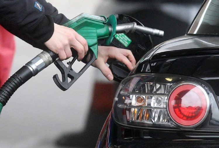 पंजाब में फिर बढ़े पेट्रोल-डीजल के दाम, जालंधर में 93.26 रुपये बिक रहा पेट्रोल