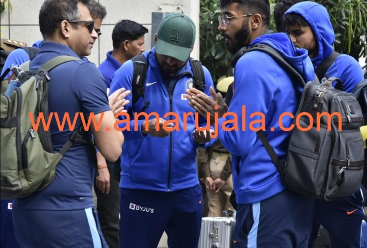 Indian Cricket arrived Lucknow for second one day against South Africa.