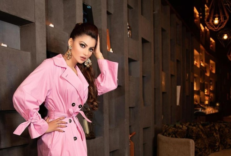 urvashi rautela shares throwback photos sit in pool