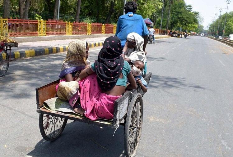 जिले में बाहर से आने वाला हर कोई कोरोना पॉजिटिव हो सकता है लेकिन मुंबई से आने वालों पर विशेष ध्यान रखिए। जिले में कोरोना के पॉजिटिव आए नौ मामलों में अधिकतर मुंबई से ही रिटर्न है। यहां जांच कराई तो रिपोर्ट पॉजिटिव है। उनसे उनके परिवार और संपर्क..