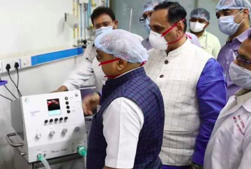 Vijay Rupani Inaugrate low cost ventilator
