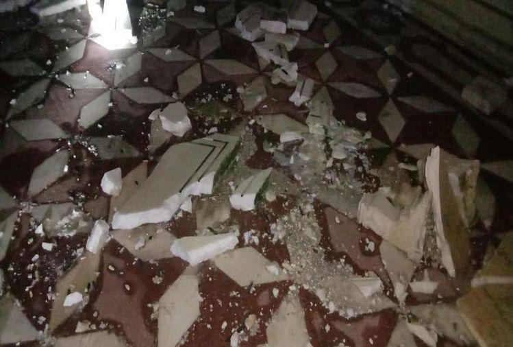 आंधी से स्मारक में हुआ नुकसान