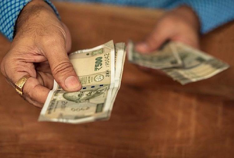 आर्थिक स्थिति को सुधारने के उपाय (प्रतीकात्मक तस्वीर)