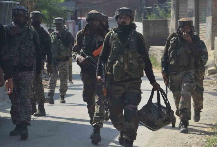 Shopian encounter: Two terrorists killed, two soldiers injured