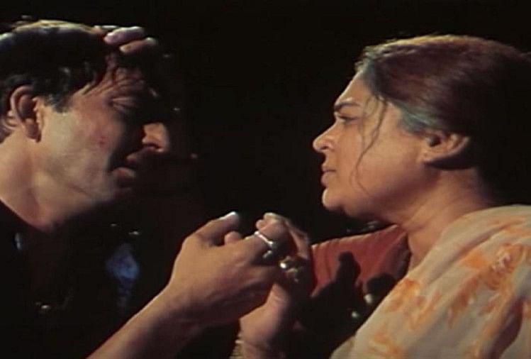 संजय दत्त, रीमा लागू