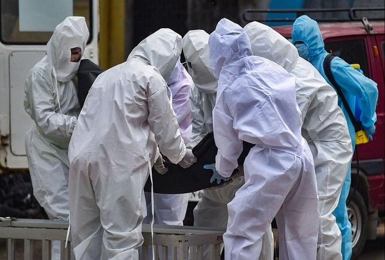 केरल बेहाल : देश में तीन दिन से लगातार 40 हजार पार मामले, बीते 24 घंटे में मिले 42 हजार नए संक्रमित