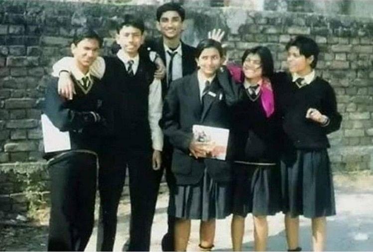 सुशांत सिंह राजपूत की स्कूल की तस्वीर