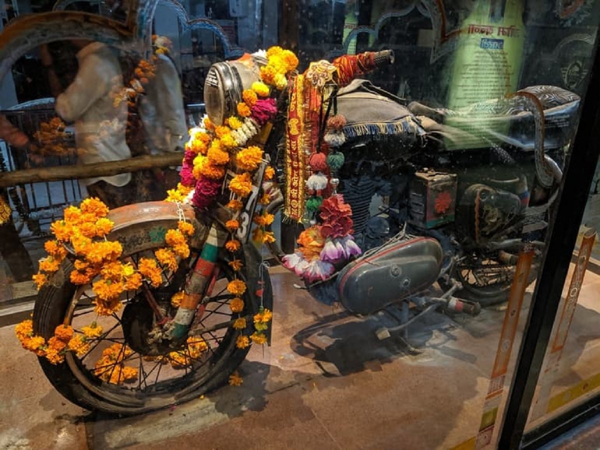 Story Of Om Banna Temple In Rajasthan Also Known As Bullet Baba Mandir  Where People Worship Royal Enfield Bullet 350