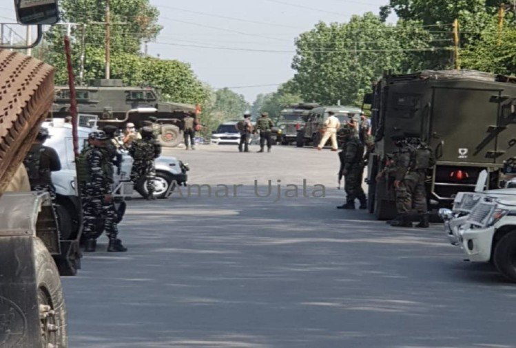जम्मू-कश्मीर: सोपोर में सीआरपीएफ दल पर आतंकी हमला, एक जवान शहीद तीन घायल, नागरिक की भी मौत - अमर उजाला