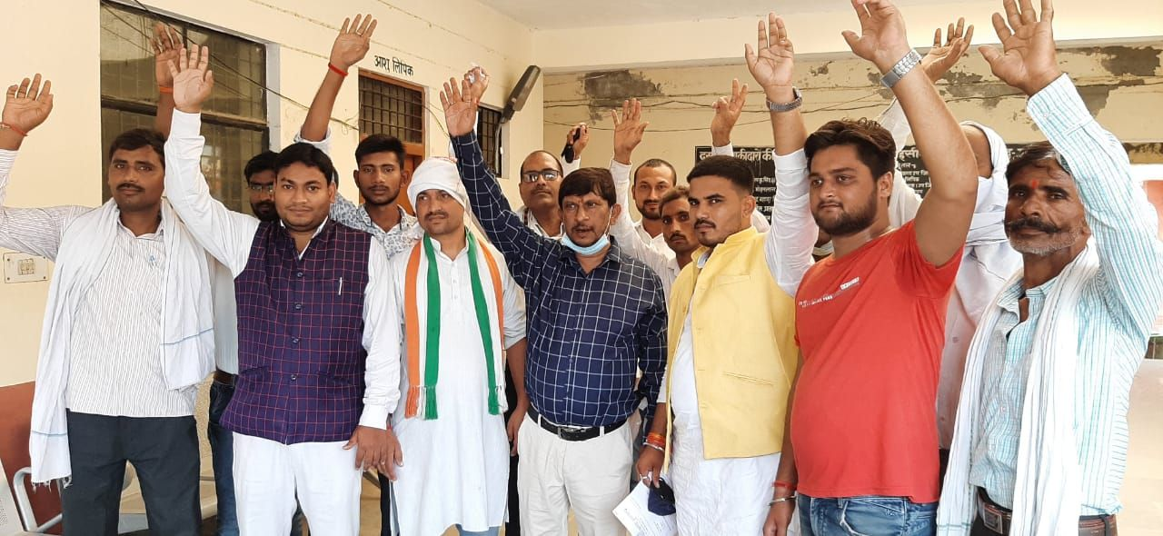 Congressmen agitated over hike in petrol and diesel prices