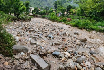 Monsoon 2020 Rainfall in Uttarakhand: Youth killed Due to landslide, Road collapse in River
