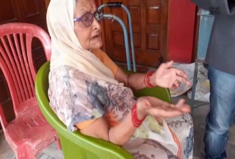 गिरफ्तारी के बाद छलका विकास दुबे की मां का दर्द, बोलीं- जान बख्श दे सरकार