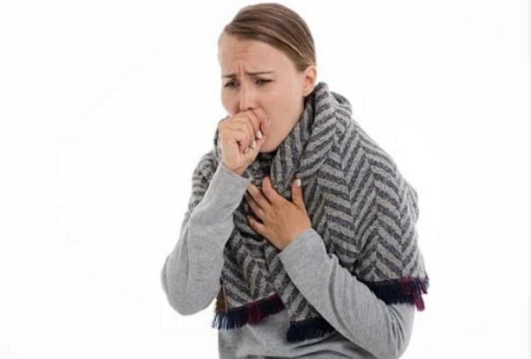 Home Remedies To Get Relief From Throat Pain And Sore Throat In Hindi – इन उपायों से बदलते मौसम में गले के दर्द और खराश से पाएं छुटकारा
