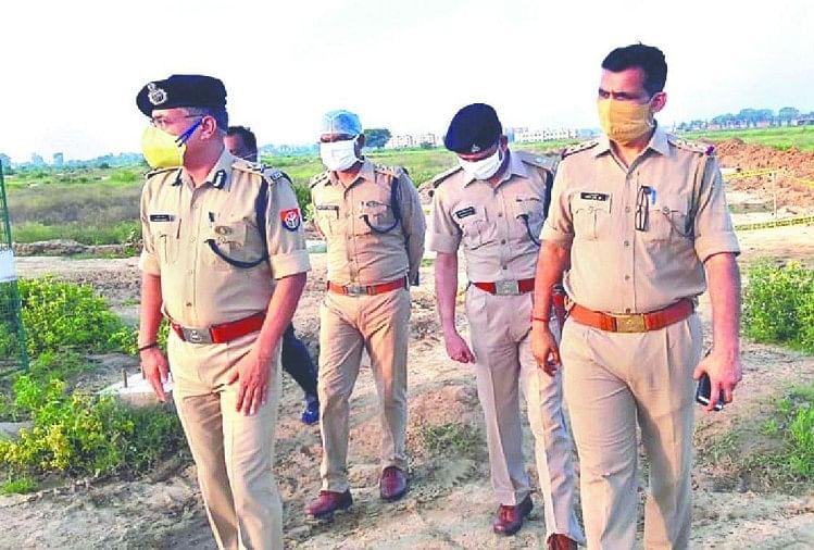 आईजी ने थपथपाई पुलिस टीम की पीठ