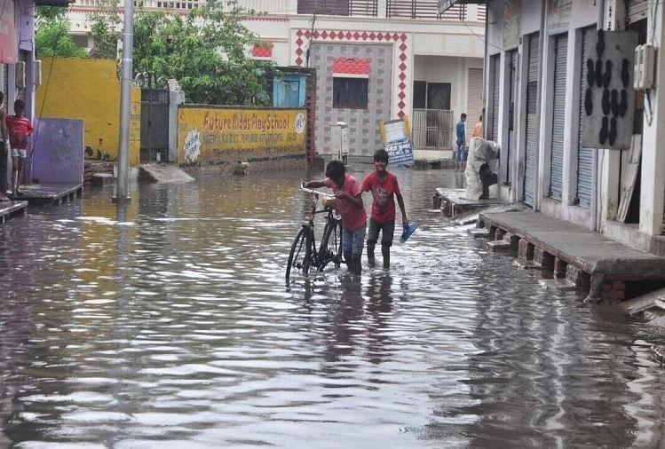 राम नगर में जलभराव