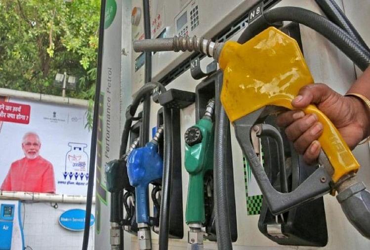 Petrol Diesel Price: पंजाब में पेट्रोल का दाम 102.27 रुपये, डीजल बिक रहा 90.91 रुपये प्रति लीटर