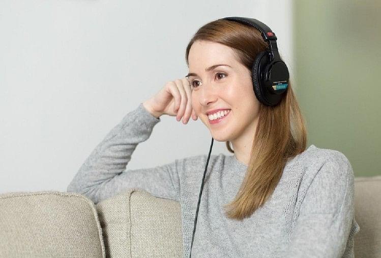 New Research On Weight Loss And Diabetes Headphones For Weight Loss Blood Sugar Level Control With The Help Of Headphones In Hindi – शोधकर्ताओं का दावा: हेडफोन की मदद से मोटापे से मिलेगा छुटकारा और ब्लड शुगर लेवल रहेगा नियंत्रित