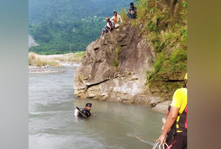 Dehradun: Boy Drowned into river and died on his birthday in dakpathar, Photos