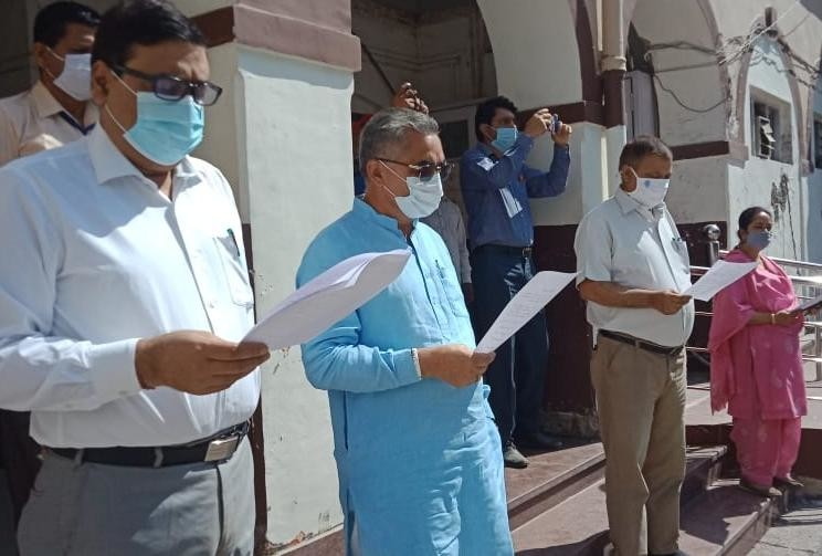 coronavirus in uttarakhand latest news : oath campaign for prevention to covid today in dehradun