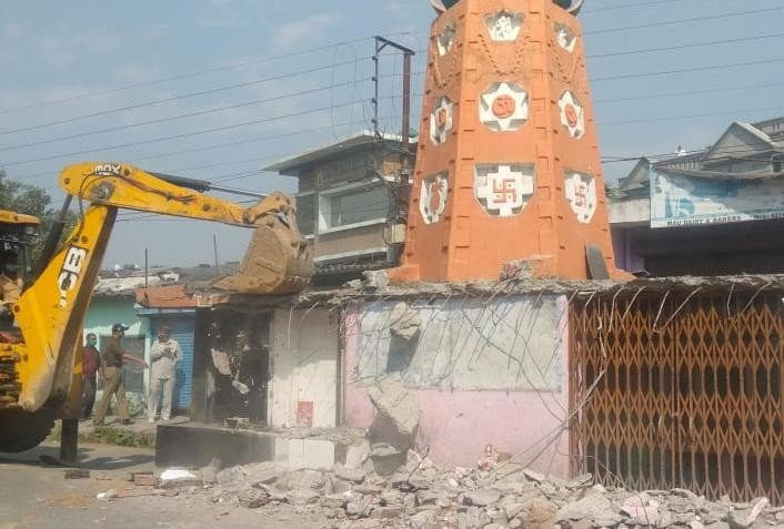 Dehradun news: religious establishments Encroachment removed