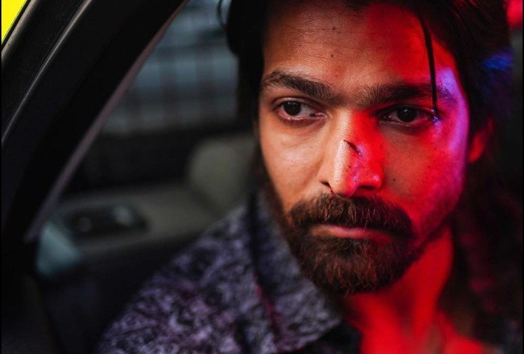 Harshavardhan Rane infected with corona virus, had to be admitted in ICU for four days - Entertainment News: Amar Ujala