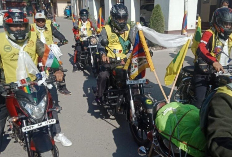 Dehradun: car and bike rally for Nelang Valley as a mark of respect to soldiers