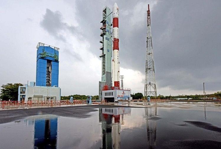 नौ कस्टमर सैटेलाइट और ईओएस-01 उपग्रह सफलतापूर्वक लॉन्च, प्रधानमंत्री ने दी बधाई