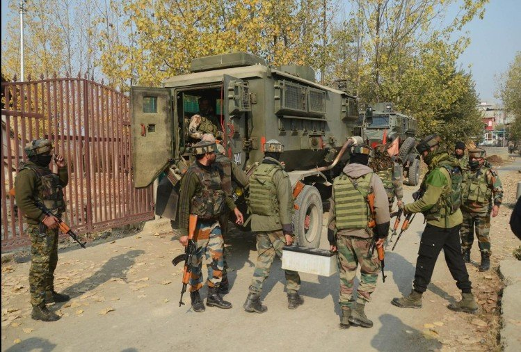 बांदीपोरा में सुरक्षाबलों और आतंकियों के बीच मुठभेड़, दो दहशतगर्दों का हुआ सफाया