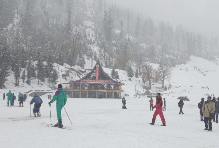 fresh snowfall in lahaul yellow alert by IMD Shimla in eight districts