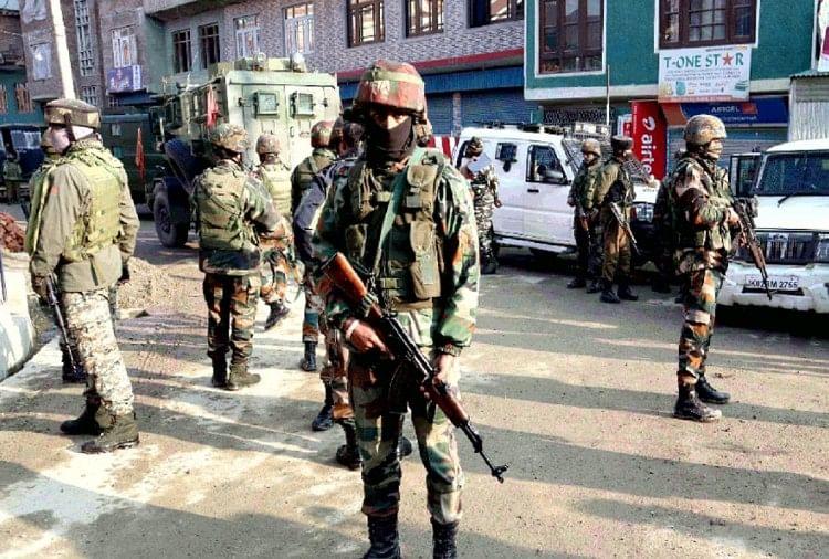 युवाओं ने आतंकवाद के खिलाफ बुलंद की आवाज कहा- हम हिंदुस्तान के साथ