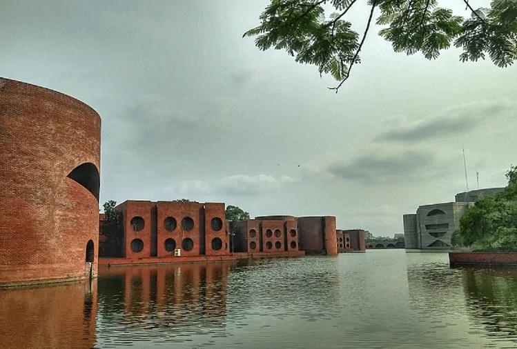 बांग्लादेश का संसद भवन