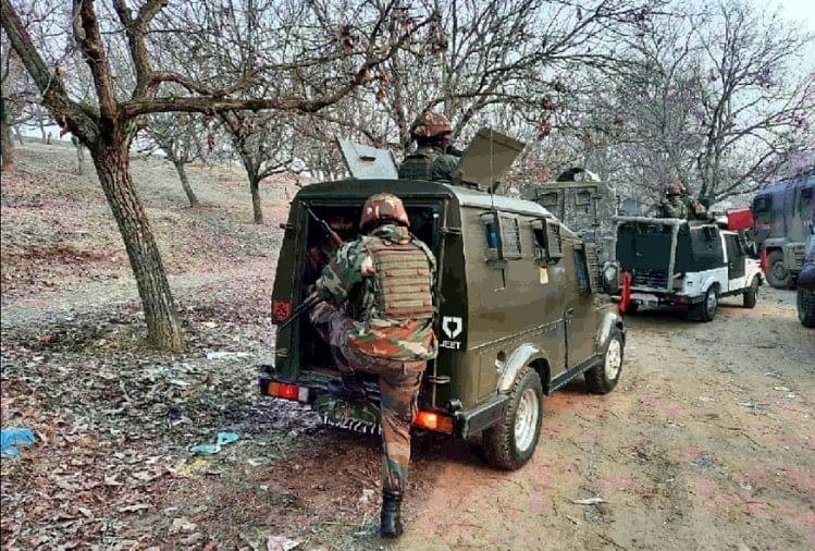 आतंकियों और सुरक्षाबलों के बीच मुठभेड़, मारे गए तीन आतंकी