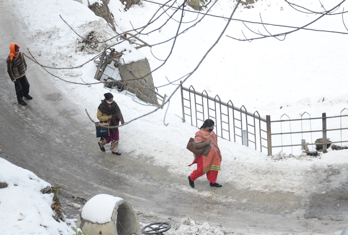 Himachal Weather Update: Snowfall Forecast From 4 January 2021 - तीन जनवरी तक मौसम साफ, चार को बारिश-बर्फबारी के आसार - Amar Ujala Hindi News Live