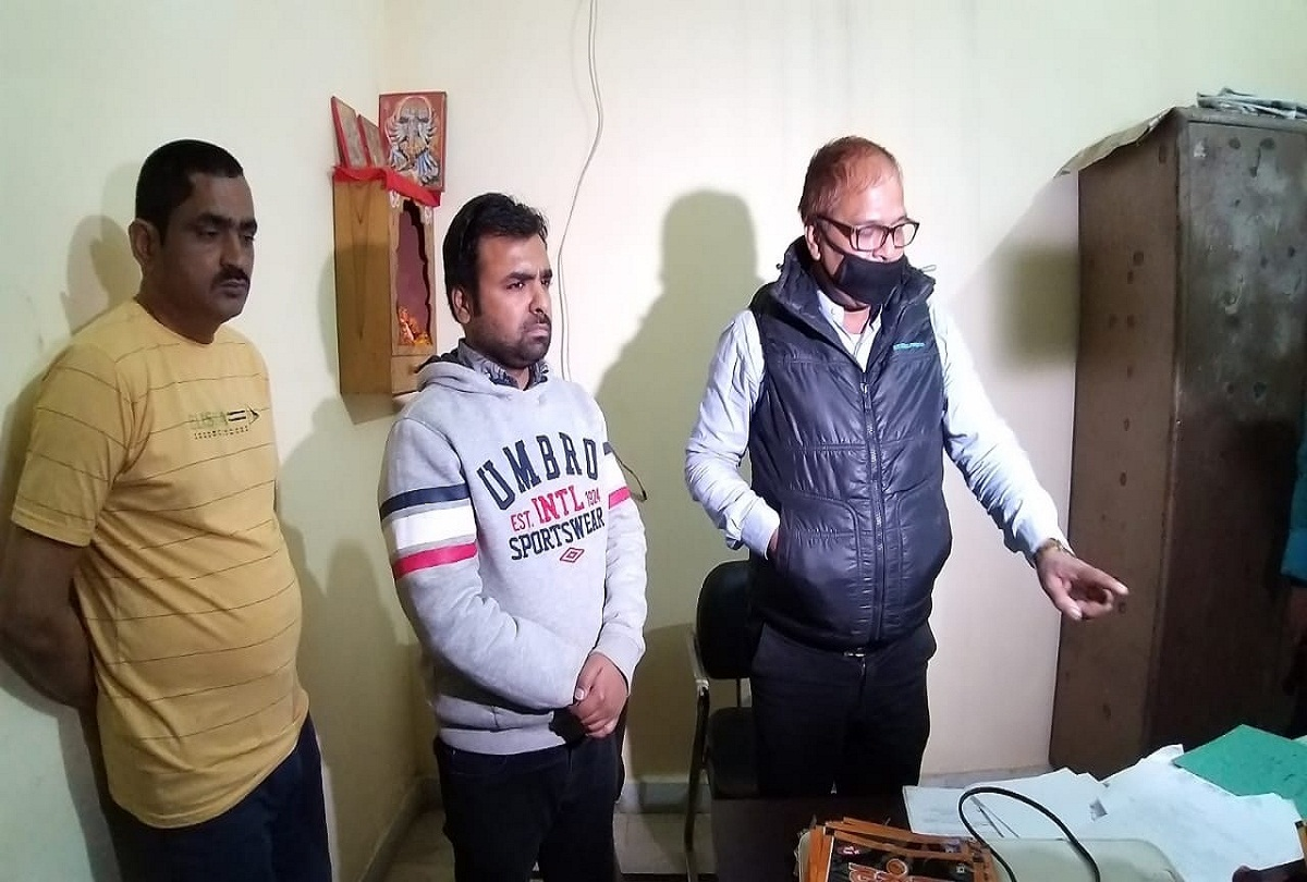 prayagraj news : पकडे गए आरोपी।