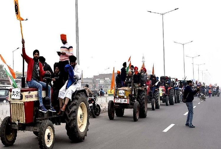 Farmers Took Out Tractor March On Delhi Borders Meeting With Government To  Be Held Again On Friday - किसानों ने दिल्ली की सीमाओं से निकाला ट्रैक्टर  मार्च, शुक्रवार को फिर होगी बैठक -